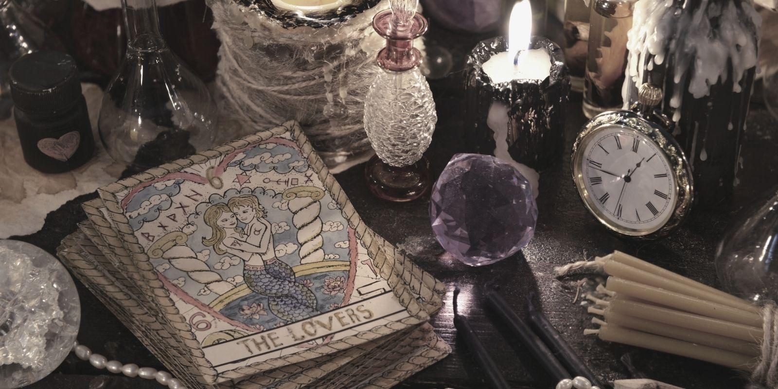Featured Tarot Course